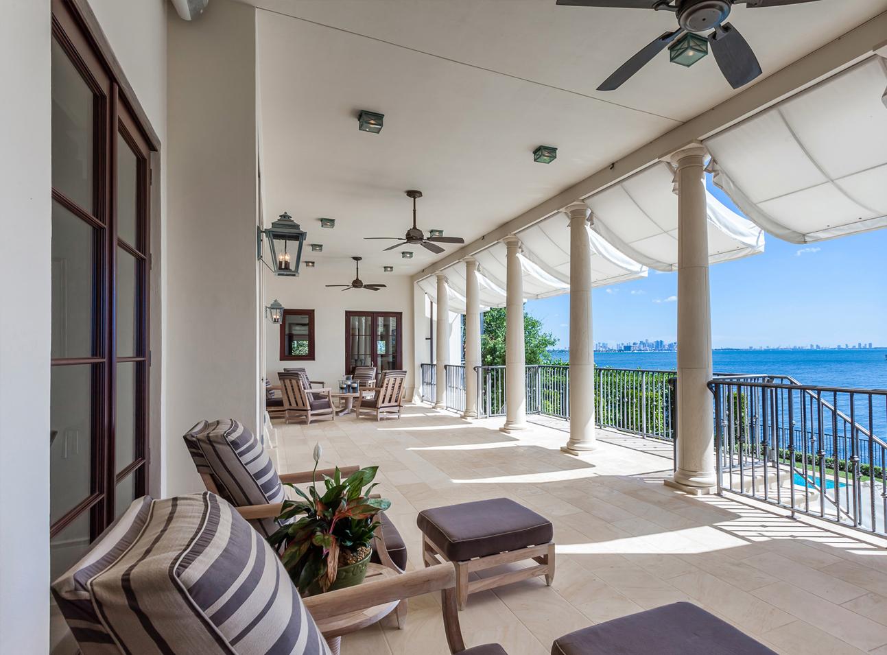 , Tahiti Beach Classical